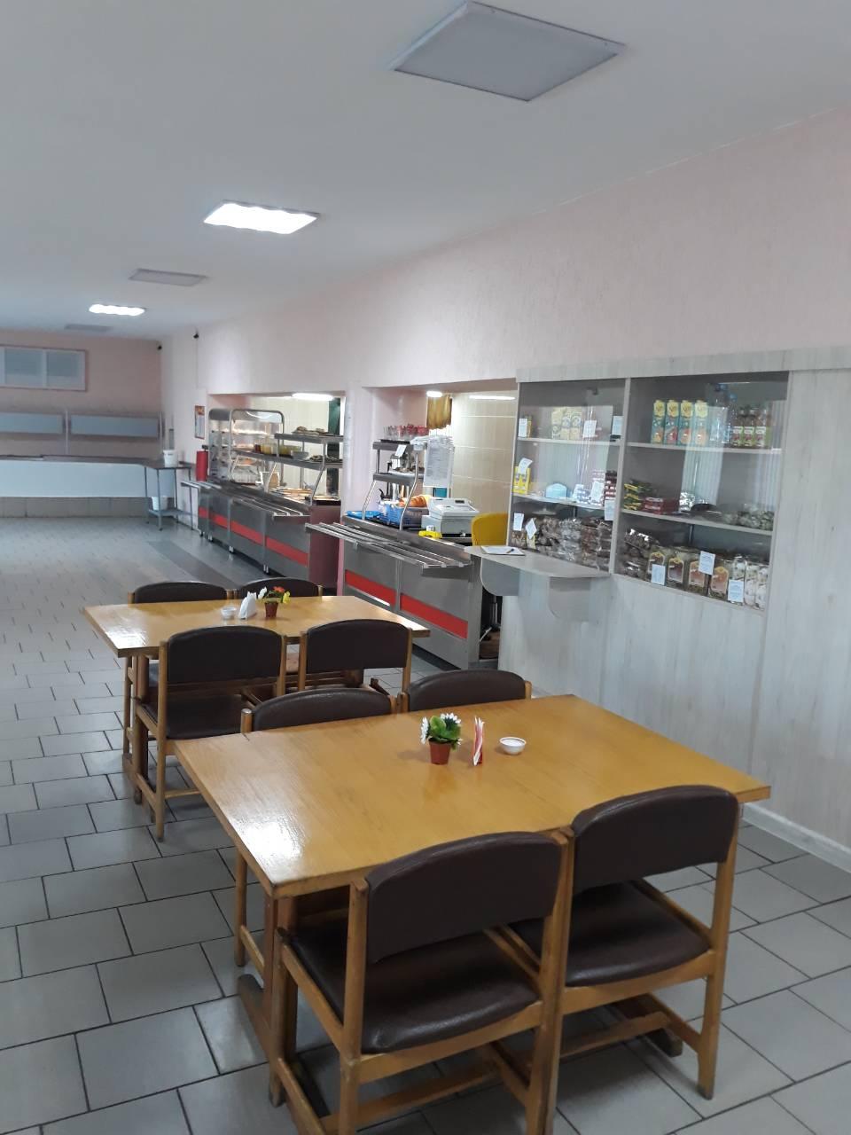 «Столовая №14» отвадила детей от обедов в школьной столовой